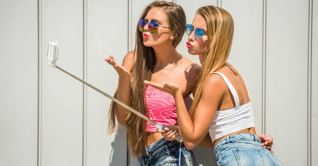 In Their Own Words: Sexy Selfies, Hook-Up Apps, and What Your Teens Are Really Doing Online