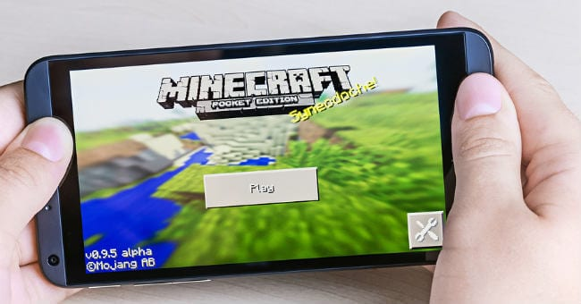 minecraft-on-phone